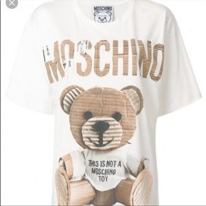 Moschino bear 🐻 oversized tee size small